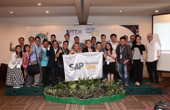 Surabaya Seminar : 8 Tips Successful IT System Implementation with PT Sterling Tulus Cemerlang - STEM