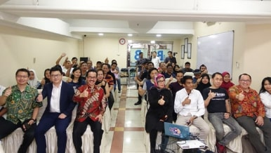 Workshop UKM Goes Online Blok B Tanah Abang, iREAP, APTIKNAS & Startsmeup.id